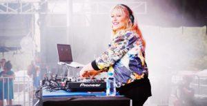 DJ Nikki Beatnik mum DJ Mum blog